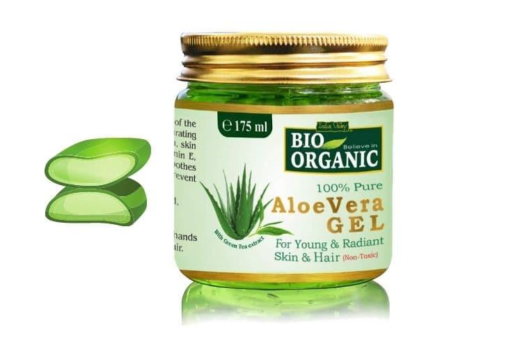 Aloe vera gel for dark circles