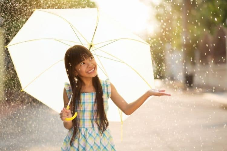 Don't forget your umbrella in the rainy season
